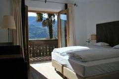 Matrimoniale superior con balcon