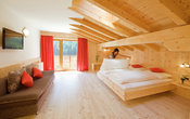 Swiss pine dobble room