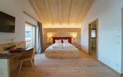Doppelzimmer TALBLICK mit Balkon und Mansarde