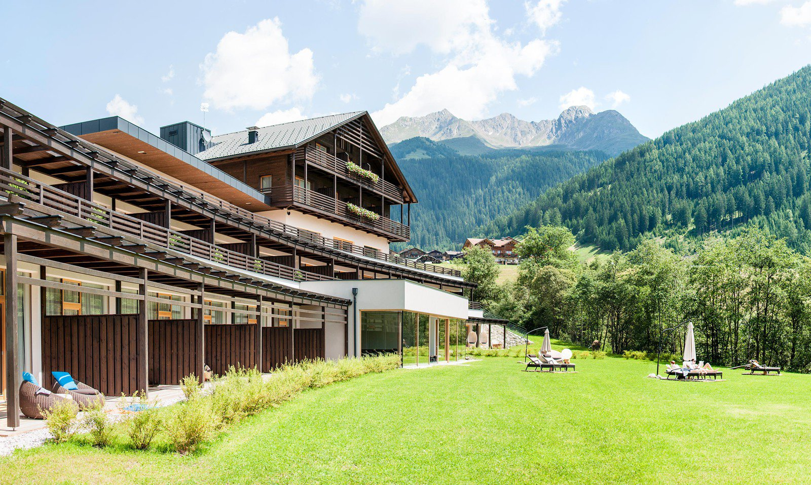 Your Guide Trough South Tyrol Wonderful Hikings Exciting