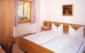 3bedded-room